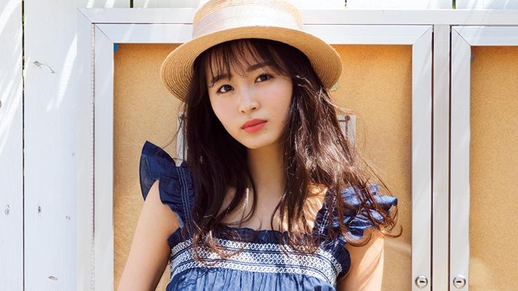 男子ウケNo.1♡【花柄ミニ×カジュアルトップス】の美脚モテコーデ4選