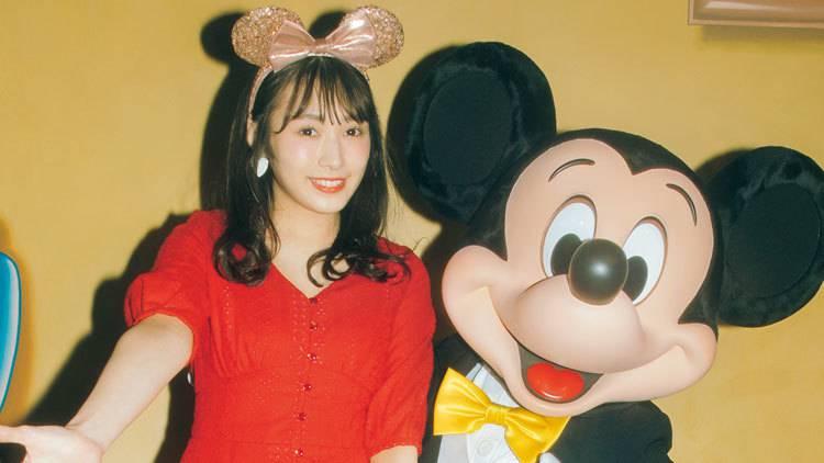 欅坂46・渡辺梨加が大好きなミッキーとの貴重なツーショットを公開♡