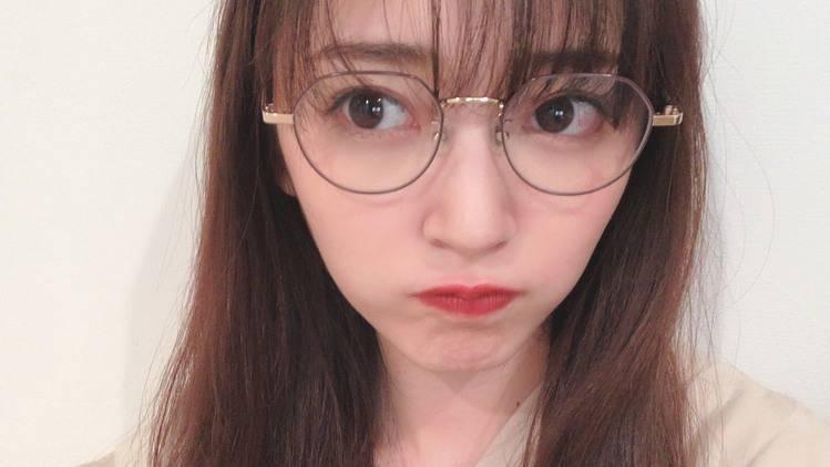 【鈴木愛理】私物メガネ&サングラス、お気に入り見せちゃいます♥