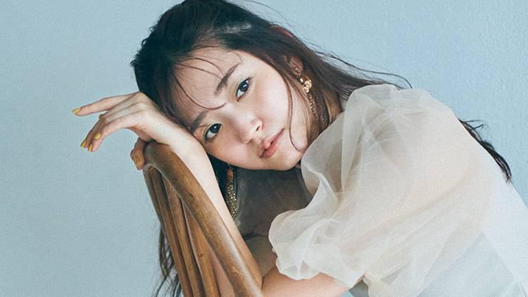 伝説のアイドル「#おうちでBuono」がトレンド入りで話題♡ 鈴木愛理の私服を大公開!