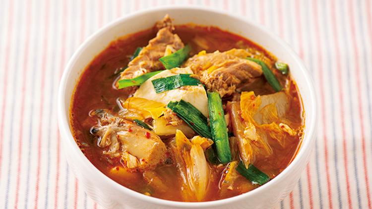 『おかずみそ汁ダイエット』の効果がすごい! サバ缶キムチ味噌スープの作り方