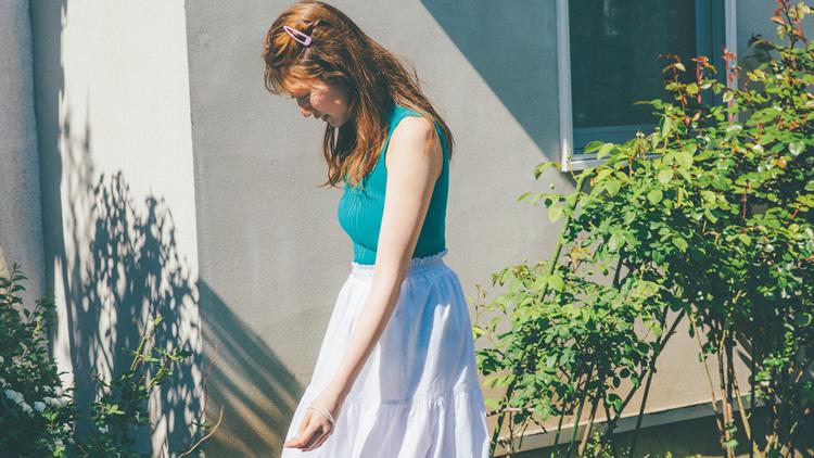 もしかして、パンツ透けてる?白ボトムを着るときの安心インナー3選