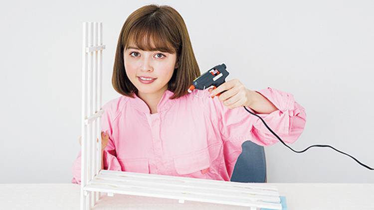 机の上で簡単DIY♡ 100均アイテムで「すのこチェスト」作りに挑戦!
