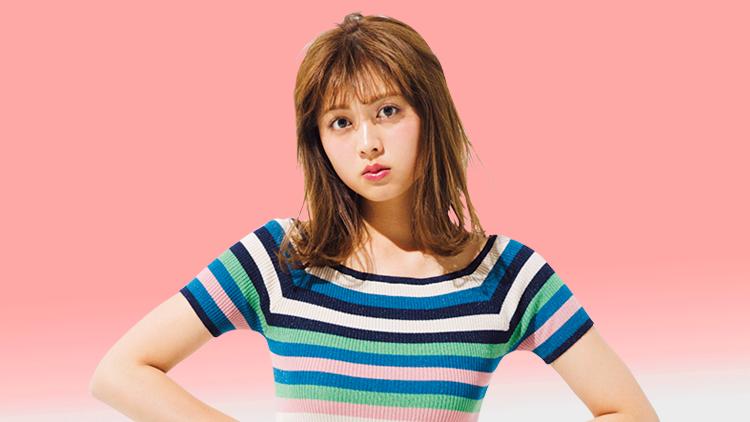 色の視覚効果でスタイルアップ♡「お目立ちトップス×地味色ミニ」コーデ4選