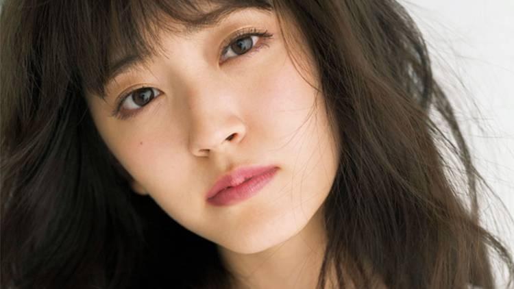 【奇跡の歌姫・鈴木愛理】美しさの秘密は?最新美容事情を大公開♡