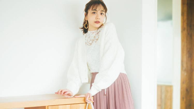 大人ガーリーさんの印象チェンジテク♡ 冬服にも合う春ボトム5選