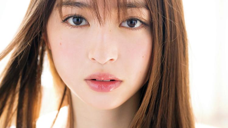 """【アイドルメイク】 上西星来の""""毛穴レスなすっぴん美肌ベースメイク""""を完コピ♡"""