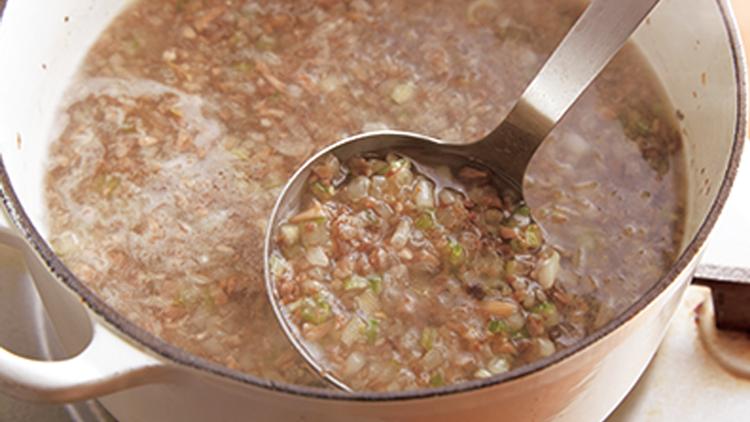 【食べるダイエット】体脂肪の溜め込みをストップ!やせ体質になれる最強ベジスープ
