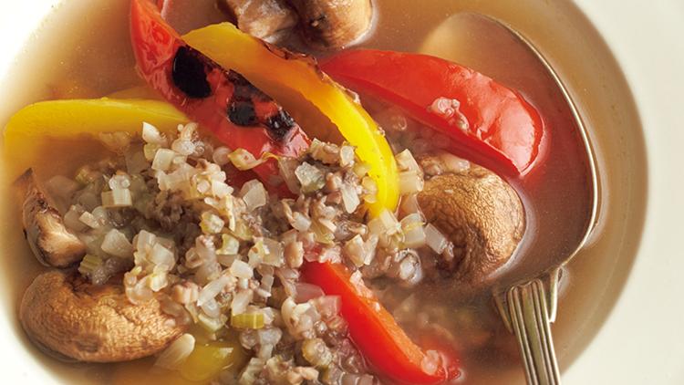 【体脂肪のため込み解消】野菜の力で痩せやすい体に♡「焼きパプリカのスープ」