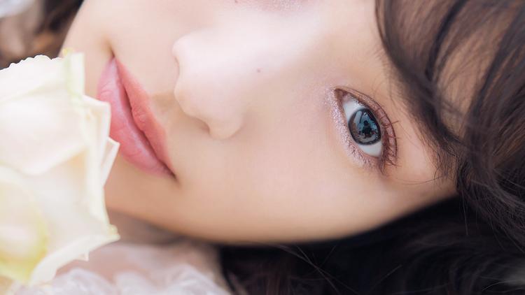 アイドル級の透明感♡今一番モテる【色素薄い系の白肌】のはかなげ美人に!