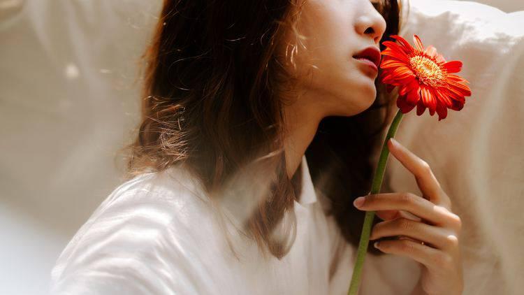 「好きな人の体臭はいい匂い?」匂いと恋愛の意外な関係♡忘れられない元カレの香りって?