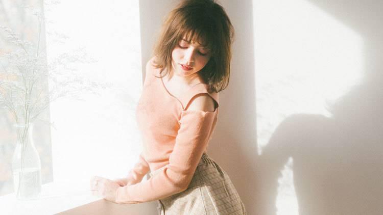 【2020SS】春服の大本命!ほんのり色っぽい 「カッティングニット」5選