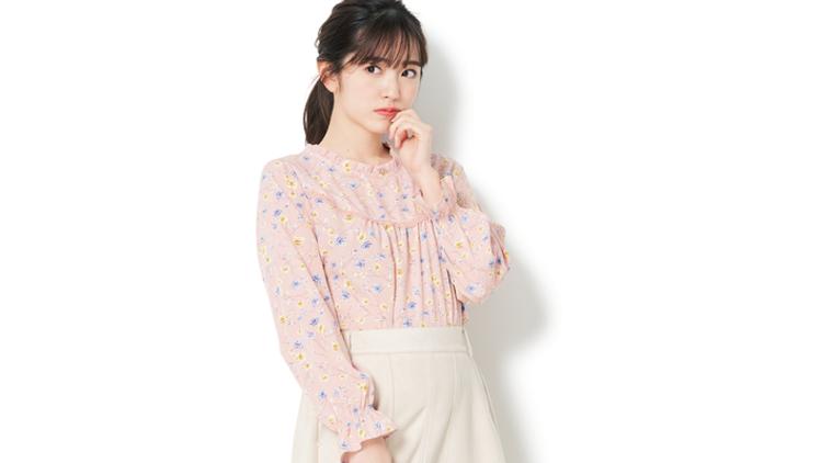 【明日のコーデ】彼に褒められる♡「花柄ブラウス×スカート」週末デートコーデ