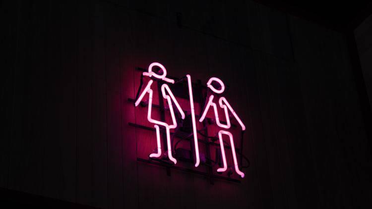【初体験時の衝撃】お互い初めて「異性の性器」と対面した時の印象って?〜エイリアンVSアワビ〜