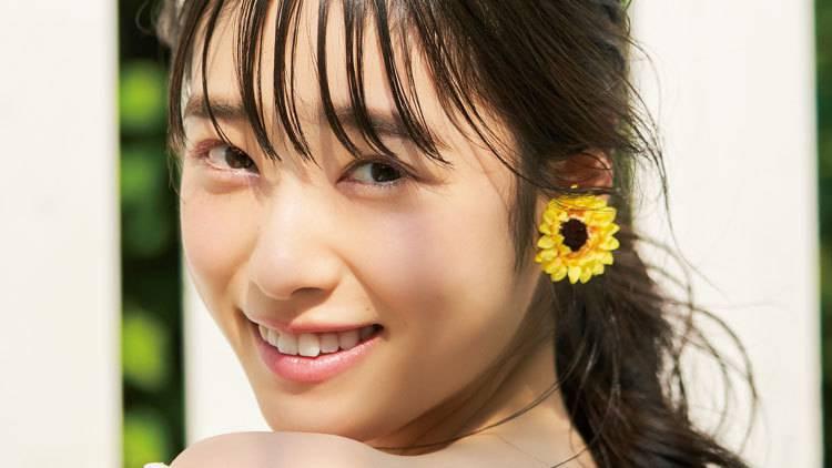 透明感が美しい「髙橋ひかる」誕生日記念♡ 最高の笑顔写真まとめ