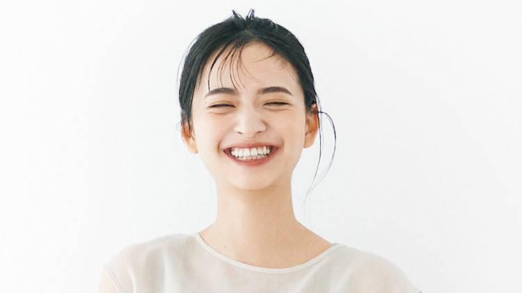 乃木坂46・金川紗耶がお手本♡ 美人を印象づける「大人な眉毛」の作り方