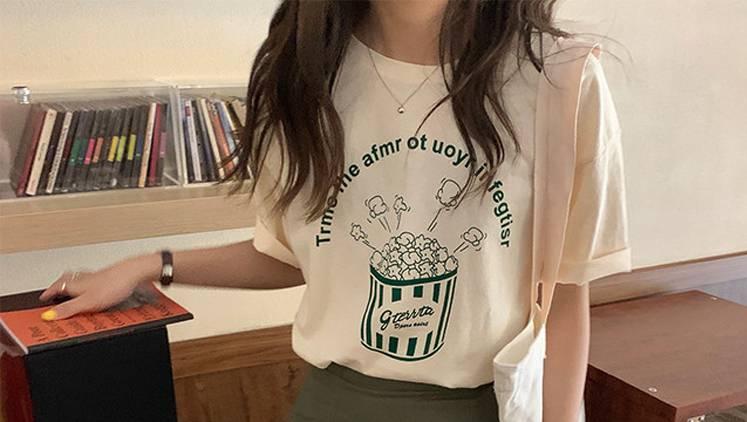着るだけで女子力アップ♡ 男子目線の可愛いが手に入る【ガーリーTシャツ】6選