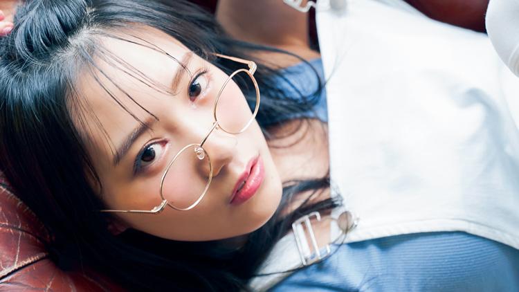 【NMB48】腹筋チラ見せ♡ 横野すみれが美BODYショットを公開!