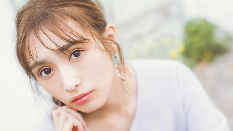 【櫻坂46】渡辺梨加がトレンドメイクに挑戦!イマドキの「抜け感」を叶える方法とは?