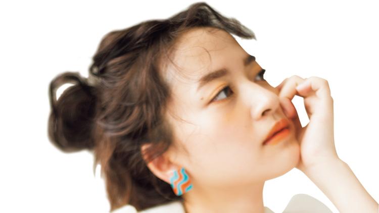 【乃木坂・金川紗耶】が着こなすシースルーコーデ!さりげない肌見せがヘルシーな色気を演出♡